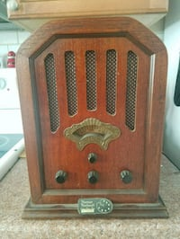 Norman Rockwell collectable radio/cassette player