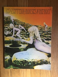 Vintage 1973 Led Zeppelin houses of the holy guitar book