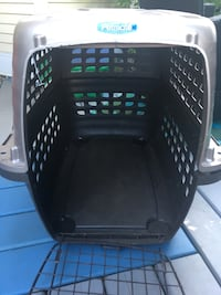 Dog crate Maple Ridge, V4R 2P4