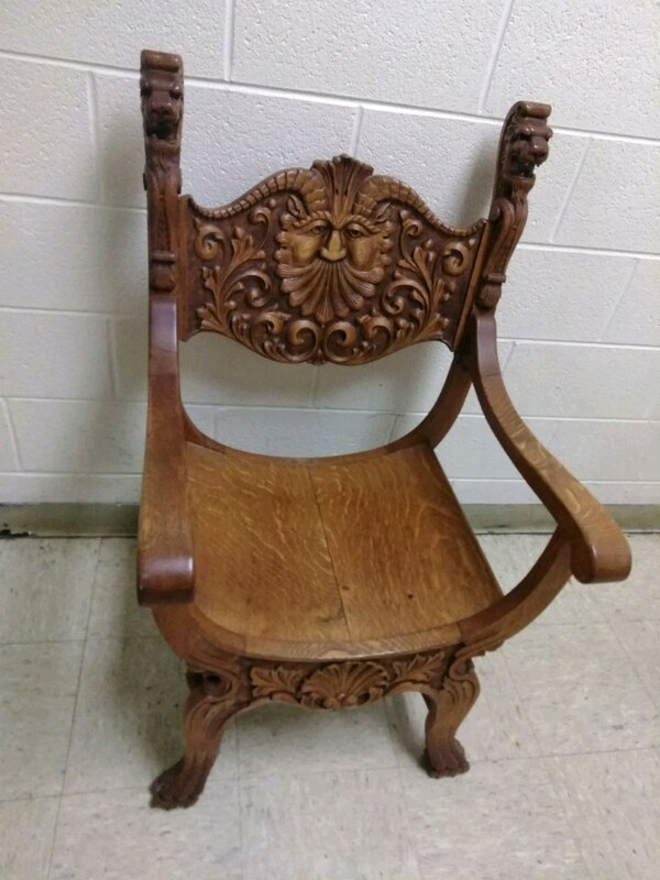 Enjoyable Wooden Vintage Craved North Wind Face Throne Chair Beutiful Home Inspiration Ommitmahrainfo