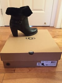 UGS brand new size 9 Mississauga, L4Y 2J3