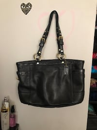 Black coach purse - real coach  Mississauga, L5A