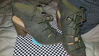 Olive green wedges shoes size 9 Bohemia, 11716