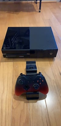 Xbox One with Controller and Wireless Charger Virginia Beach, 23455