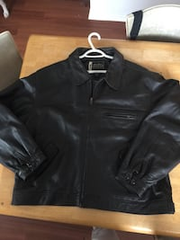 Eddie Bauer leather jacket  724 km