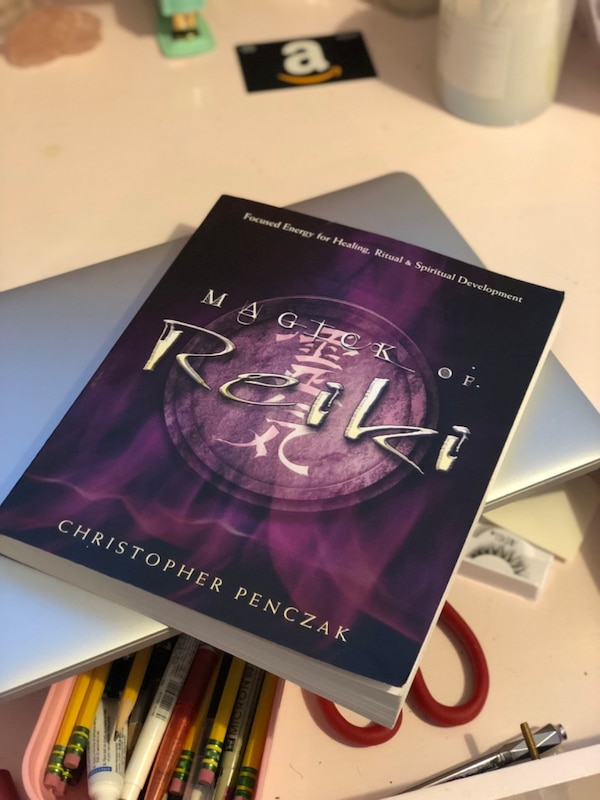 "New ""Magic of Reiki"" book 1b9e024f-8ec9-453d-a710-a582421a475b"