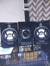 Sony Stereo System iphone/ipod OBO