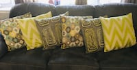 Set of 6 accent pillows Kitchener, N2M 4W8