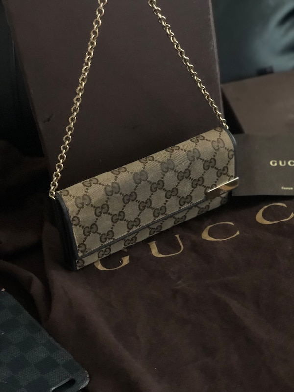 33524d78948 Used Authentic Gucci wallet purse with chain for sale in Campbell ...