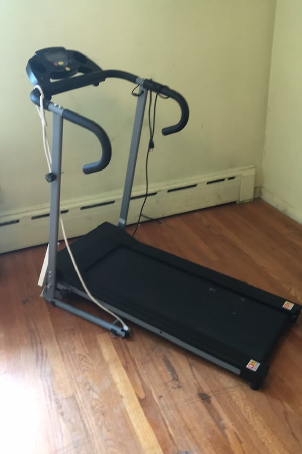 Treadmill folds up compact.  740d0451-91f6-4c1c-95d3-85bbe0306c1c