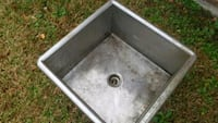 grey stainless steel sink Houma, 70363