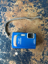 Olympus Tough T-310 14mp waterproof/freezeproof camera Vancouver, V5T 0A7