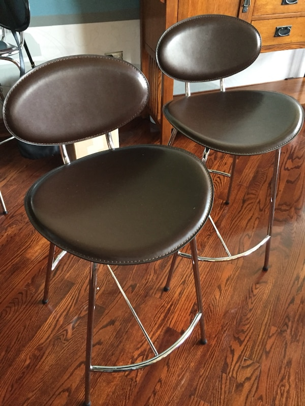Sensational 4 Bar Stools Counter Stools Gmtry Best Dining Table And Chair Ideas Images Gmtryco