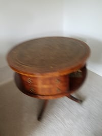 Leather top drum table - vintage CHICAGO