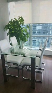 Brand new table and 4 brand new chairs  Toronto, M5V 3X4