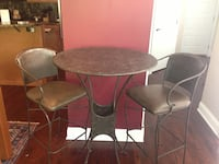 Retro design metal table and 2 chairs,  Chicago, 60607