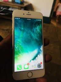 Iphone 6s  gold any carrier (read description) Moreno Valley, 92557