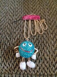 BETSEY JOHNSON  GOLD PLATED BLUE M&M NECKLACE