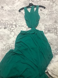women's green sleeveless maxi dress Brantford, N3T 2L6
