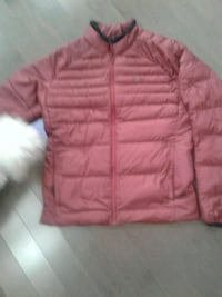Light weight puffy winter jacket size large