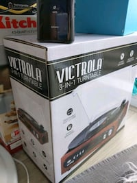 BRAND NEW VICTROLA Record Player (NEVER OUT OF BOX)