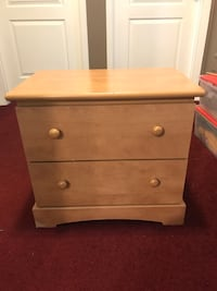 brown wooden 2-drawer nightstand Thorold, L2V 4X1