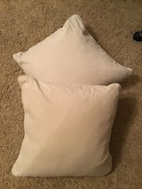 Two natural color accent pillows from smoke free and pet free home. 1164 mi