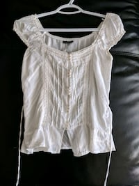 White off-the-shoulder blouse size small Calgary, T2E 0B4