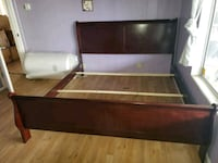King bed fram ashly funiture  Bakersfield, 93304