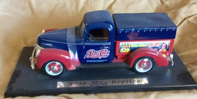 Pepsi Delivery Truck. Die Cast