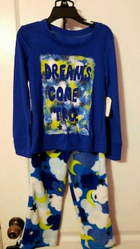 Two-piece pajama set new with tags size 4 to 5 Toronto, M1C