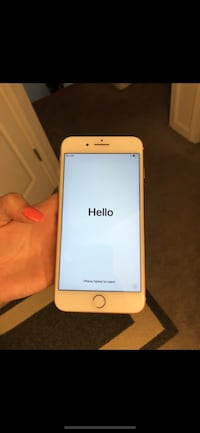 Gold iphone 6 with case Natick, 01760