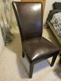 brown wooden framed black leather padded chair Eaton, 80615