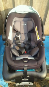 Carseat with 2 bases Forest Grove, 97116