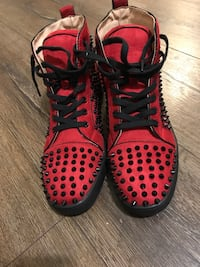 Red loubitons mint condition Toronto, M6A 2S7