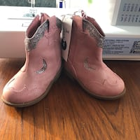 pair of brown leather cowboy boots Chesapeake, 23320
