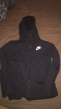 Svart nike zip-up hettegenser 6248 km