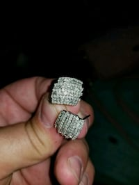 2ct round and Baguette diamonds with flip back Columbus, 43219