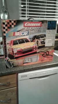 1:43 scale slot car set...in box used once