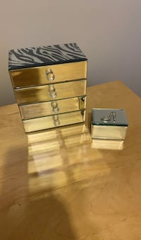 Glass jewelry box and ring box St Catharines, L2T 2R3
