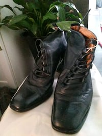 pair of black leather boots Toronto, M8Y