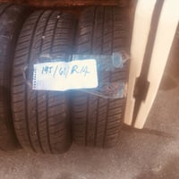 2 tires 195/60/r14 null
