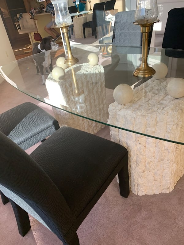 Glass table with Stone Base and Four chairs, 2 piece base 90e4a82f-4926-49c5-8929-90a580f271fc