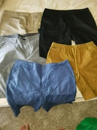 Name brand mens shorts sizes from36 to 40 4814 mi