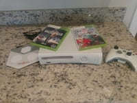 Xbox, games and controller 941 mi