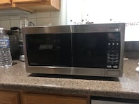 Microwave Panasonic 1,250w Sterling, 20164