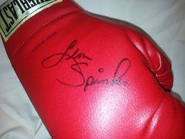 Michael Spinks Signed Boxing Glove