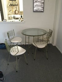 Best offer. Antique iron and glass dinning table New York, 11377
