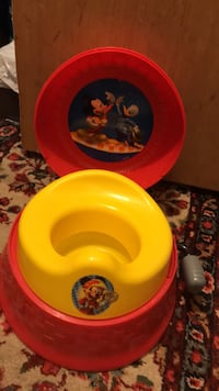 Mickey Mouse 3-n-1 potty trainer