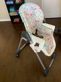 Baby Trend Tempo high chair - Floral Pop Oxnard, 93036